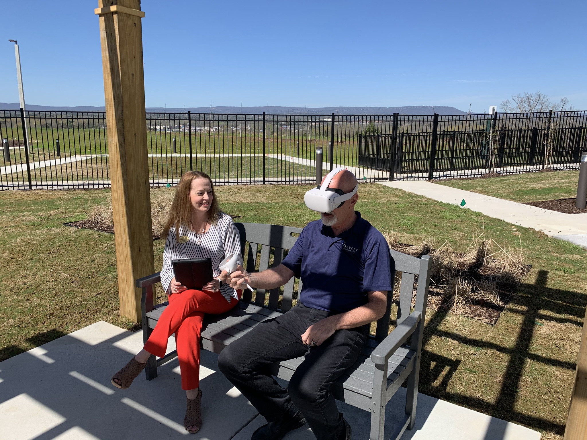 NEW LOCAL SENIOR LIVING COMMUNITY OFFERS VIRTUAL REALITY TOURS